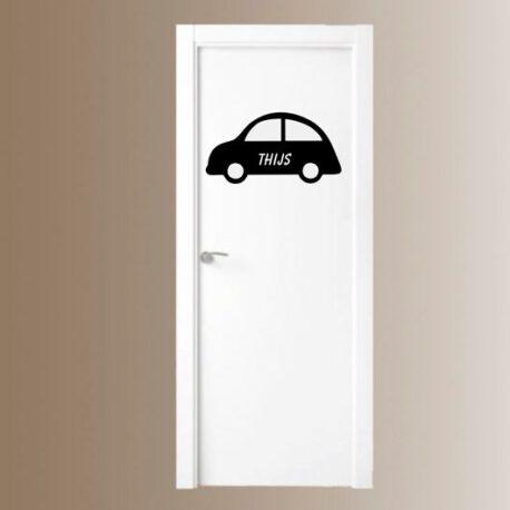 auto met naam deur