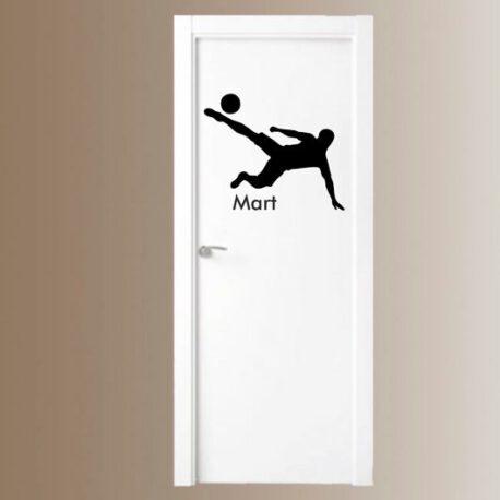 voetballer met naam op deur