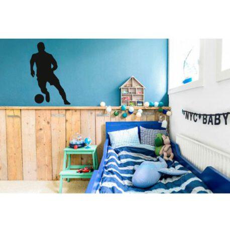 voetballer staand slaapkamer