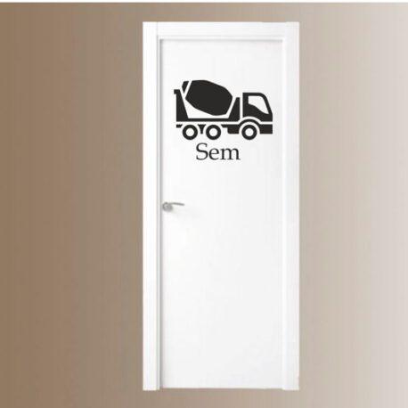 vrachtwagen mert naam deur